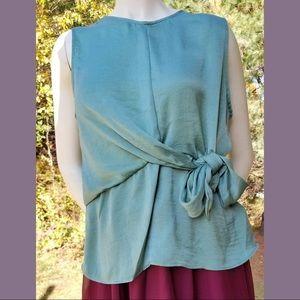 Harve Benard Green Tie Front Sleeveless Blouse, L